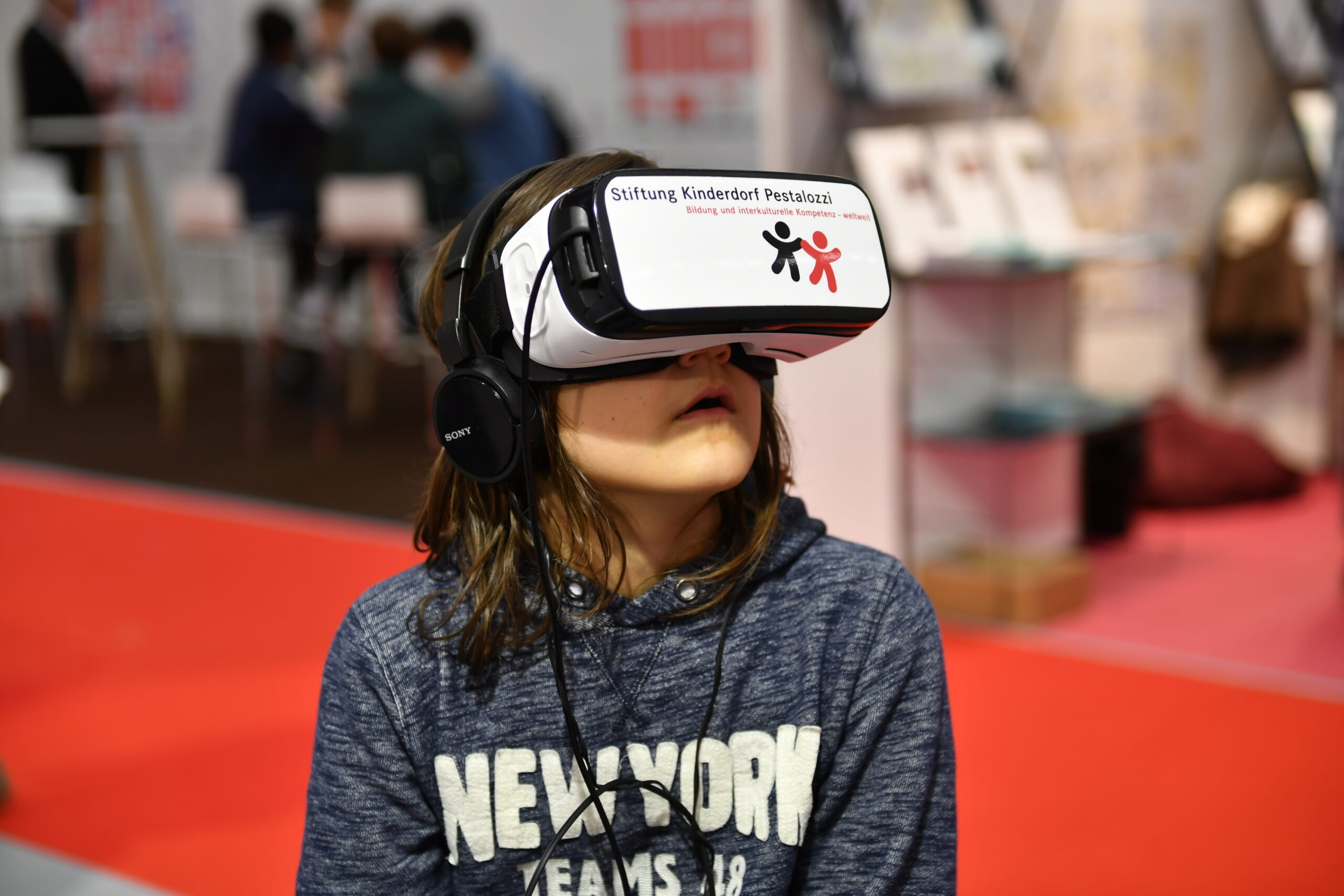 student testing Augmented Reality; new skills, e-learning